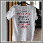 Tryk på tøj - sjov tekst i to farver rød og sort