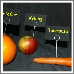 Buffetskilte sort holder frugt
